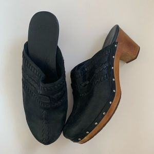 Ugg black leather clog mules 12 wood Vivica